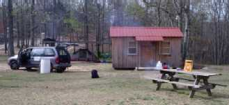 Cabin 3 Sleeps 4 adults or a family with 3-4 kids